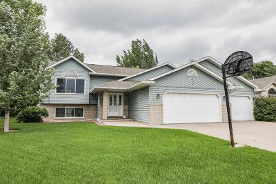 Fargo Single Family Home For Sale: 3018 36th Avenue S