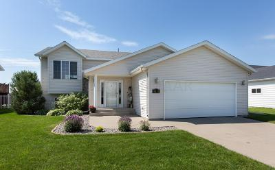 Fargo ND Single Family Home For Sale: $257,900