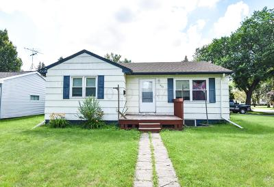 Moorhead Single Family Home For Sale: 1203 13th Street S