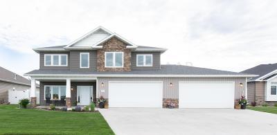 Fargo Single Family Home For Sale: 4271 Ponderosa Place S