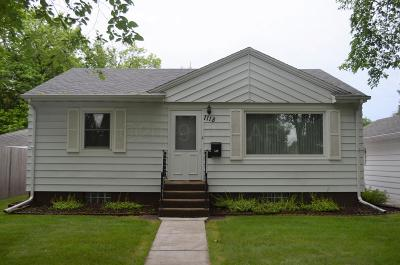 Moorhead Single Family Home For Sale: 1118 10th 1/2 Street N