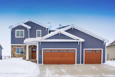West Fargo ND Single Family Home For Sale: $369,900