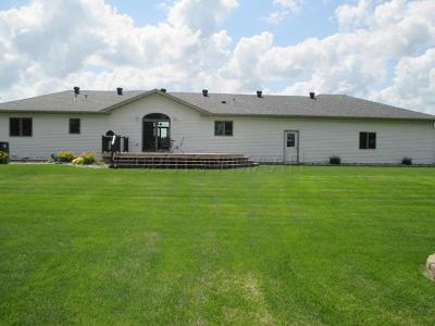 Wahpeton Single Family Home For Sale: 7580 Country Creek Road