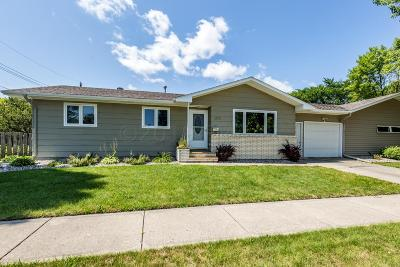 Moorhead MN Single Family Home For Sale: $159,000