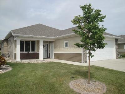 Fargo, Moorhead Single Family Home For Sale: 4550 65 Street S