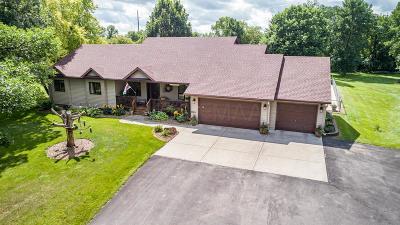 Kindred Single Family Home For Sale: 16750 49 Street SE