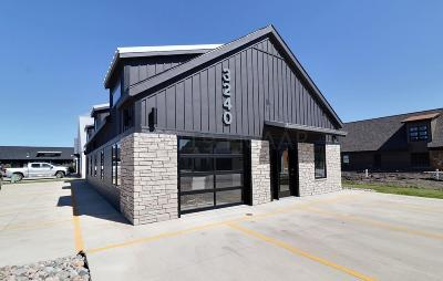 Commercial For Sale: 3240 Oak Ridge Loop E