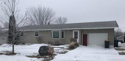 Oakes ND Single Family Home For Sale: $129,900