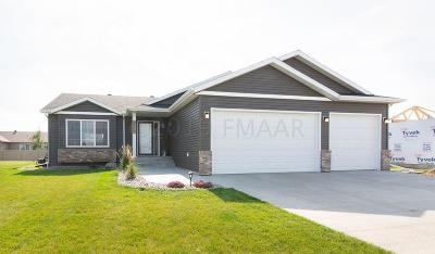 West Fargo Single Family Home For Sale: 1323 29th Avenue W