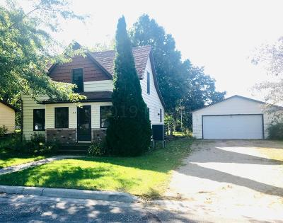 Hankinson Single Family Home For Sale: 308 3rd Avenue NW