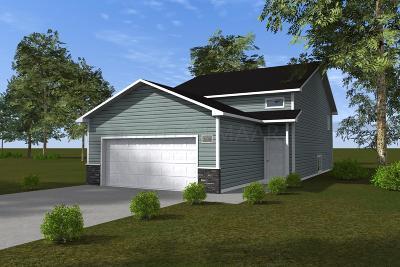 Fargo, Moorhead Single Family Home For Sale: 3404 30 Street S