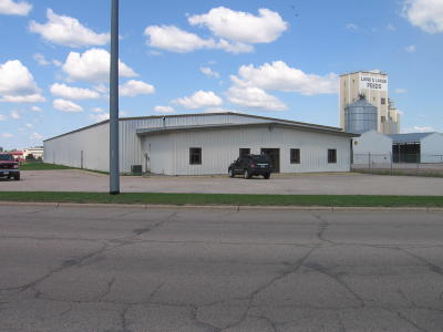 Detroit Lakes Commercial For Sale: 920 Randolph