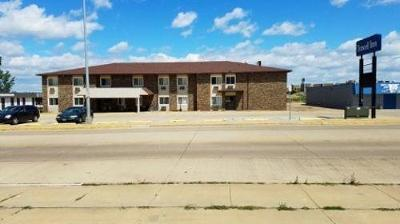 Dickinson ND Commercial For Sale: $1,100,000