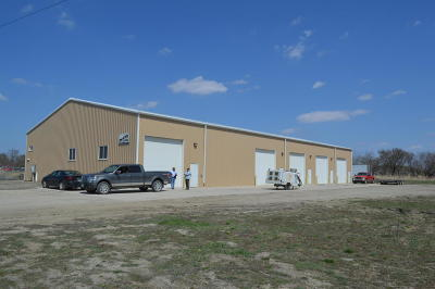 West Fargo Commercial For Sale: 611 5th St