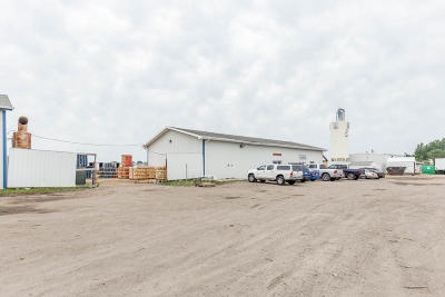West Fargo Commercial For Sale: 155 12th