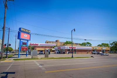 Fargo Commercial For Sale: 101 N University Dr