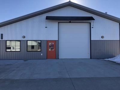 West Fargo ND Commercial For Sale: $399,900
