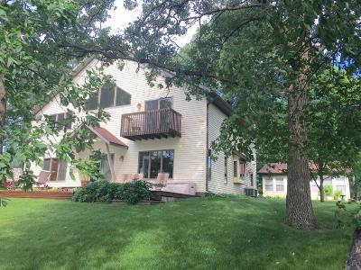 Mentor Single Family Home For Sale: 13249 Elmhurst Dr SE Maple Lake