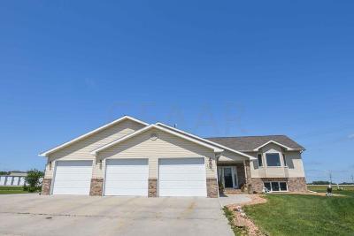 Crookston Single Family Home For Sale: 1625 Cedar Court
