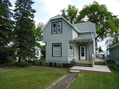 Crookston Single Family Home For Sale: 514 Central Avenue N