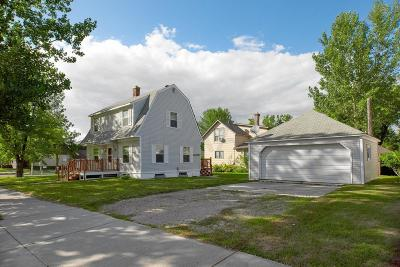 Crookston Single Family Home For Sale: 201 4th Street E