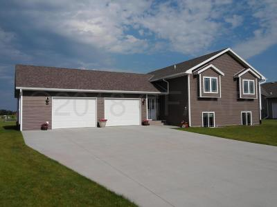 Thief River Falls Single Family Home For Sale: 2010 Washington Avenue