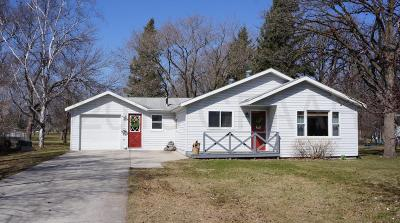 Thief River Falls Single Family Home For Sale: 1303 Arnold Ave N