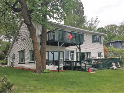 Mentor Single Family Home For Sale: 14521 Maple Inn Rd SE, Maple Lake