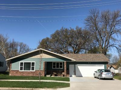 Crookston Single Family Home For Sale: 215 Hubbard St N