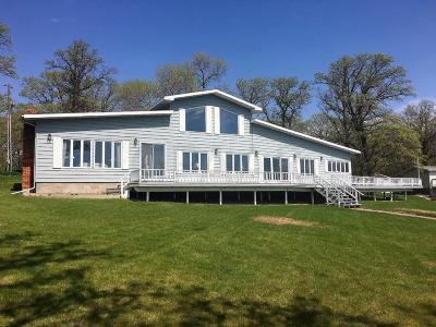 Mentor Single Family Home For Sale: 12923 Maple Lake Dr SE Maple Lake