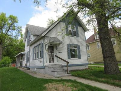 Crookston Single Family Home For Sale: 406 Houston Avenue
