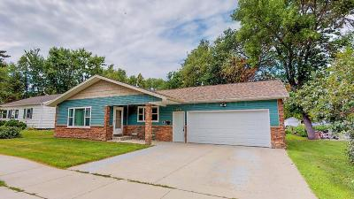 Crookston Single Family Home For Sale: 215 Hubbard St