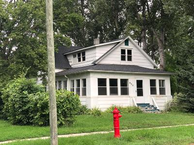 Crookston Single Family Home For Sale: 622 Ash Street S