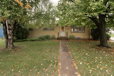 Crookston Single Family Home For Sale: 1524 Stephens Drive