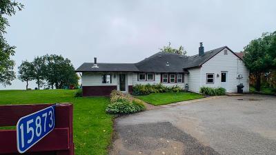 Mentor Single Family Home For Sale: 15873 Sandy Beach Road SE