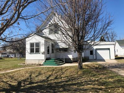 Crookston Single Family Home For Sale: 319 Cromb Street