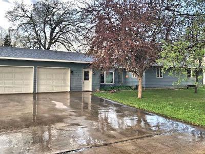 Alvarado Single Family Home For Sale: 150 Fering Street