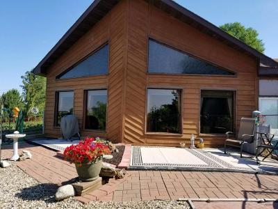 Jamestown Single Family Home For Sale: 302 10th Street NE