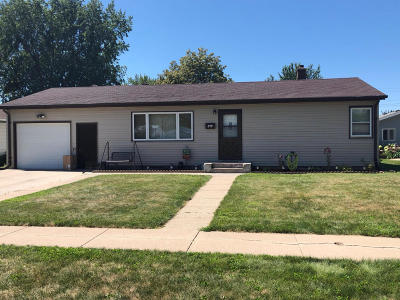 Single Family Home For Sale: 317 15th Ave NE