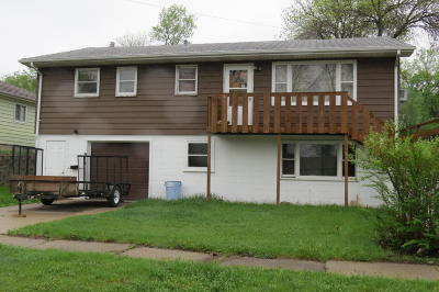 Single Family Home For Sale: 918 2nd Avenue NE