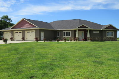 Jamestown Single Family Home For Sale: 2971 85th Avenue SE