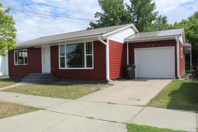 Jamestown Single Family Home For Sale: 408 3rd Street SE