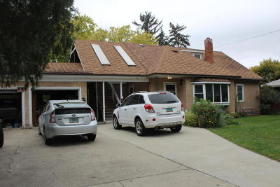Jamestown Multi Family Home For Sale: 1209 2nd Avenue NE
