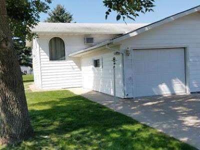 Jamestown Single Family Home For Sale: 1509 7th Avenue NE
