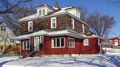 Single Family Home For Sale: 151 7th St NE