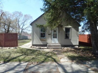 Jamestown Single Family Home For Sale: 312 9th Avenue SE
