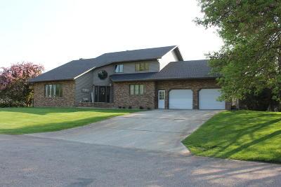 Jamestown Single Family Home For Sale: 1616 9th Avenue SE