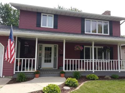 Jamestown Single Family Home For Sale: 242 17th Avenue NE