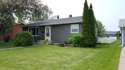 Jamestown Single Family Home For Sale: 313 13th Avenue NE