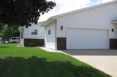 Jamestown Single Family Home For Sale: 1405 8th Avenue NE